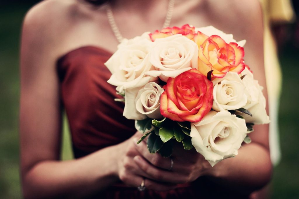 most-popular-flowers-for-weddings-rose