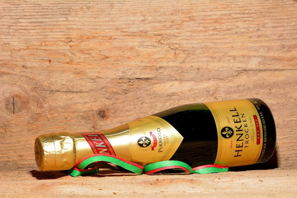 new years eve ideas champagne